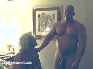 amateur  prostitute  tits