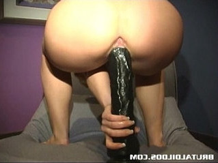brutal  dildo  pussy