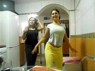 arab  boobs  girl