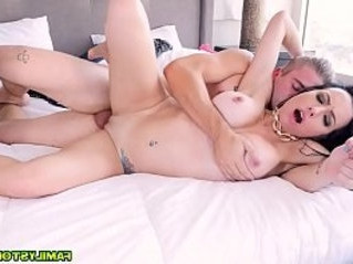 fuck  monster cock  natural tits
