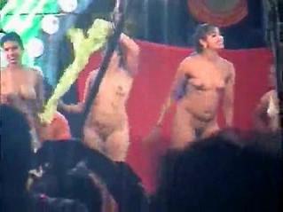 aunty  dancing  nudity