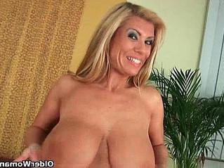 boobs  fuck  gilf
