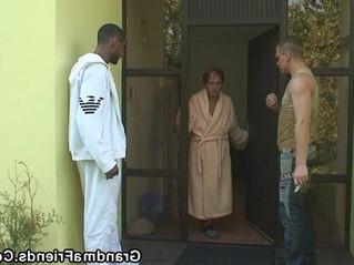 3some  grandma  stranger