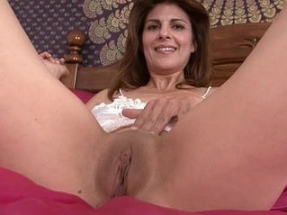 closeup   masturbation   mature